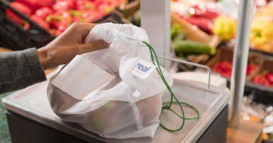 Real führt waschbare Mehrwegnetz für Obst und Gemüse ein.