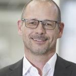 Stefan Sacher ist Vertriebsleiter bei Grunwald GmbH. Er spricht über Verpackunsgmaschinen für Lebensmittel packaging360