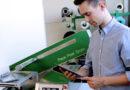 Fraunhofer misst Öffnungskräfte peelbarer Verpackungen