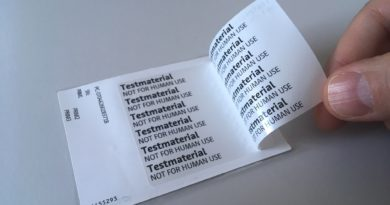 Award for multi-layer information label
