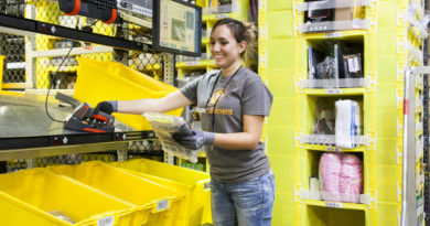 Amazon pushes reduction of packaging materials