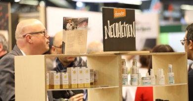 Naturkosmetik in Papier oder Kartons verpackt kommt bei Verbrauchern besser an, so eine neue StudieArchivbild von der Biofach