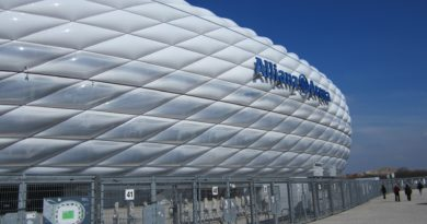 FC Bayern Munich receives award for reusable cups