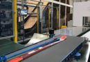 Packaging line for ski articles
