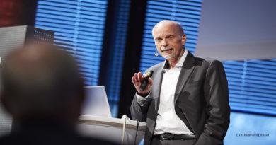 Dr. Hans-Georg Häusel speaks about packaging